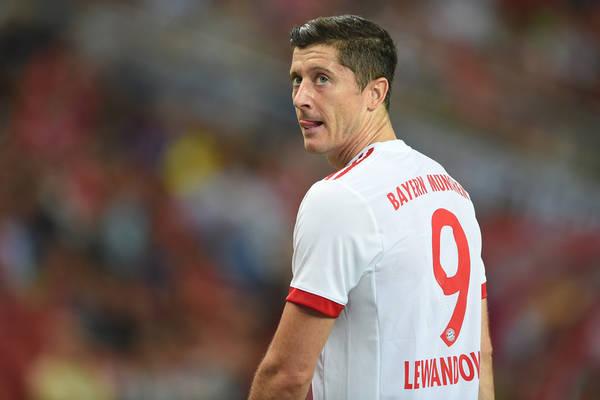 Lewandowski z kolejnym golem w Bundeslidze! Bayern rozgromił Hannover [WIDEO]