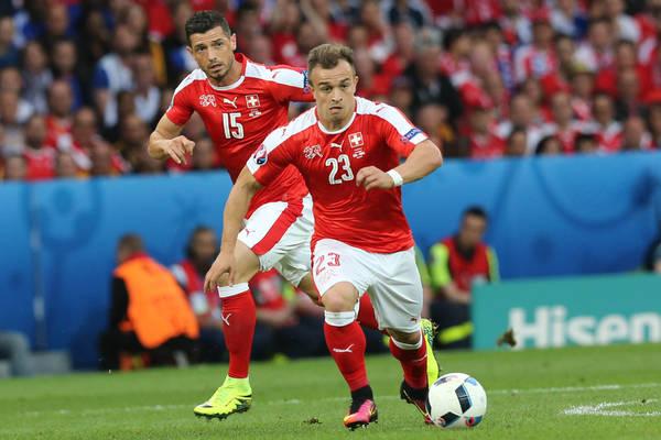 Świetny Shaqiri dał Szwajcarii zwycięstwo z Serbią! Wielkie widowisko! [VIDEO]