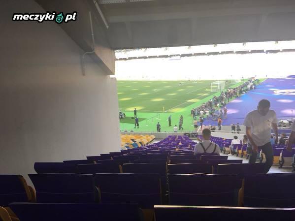 Stadion na finał LM. Kijowy widok ;)
