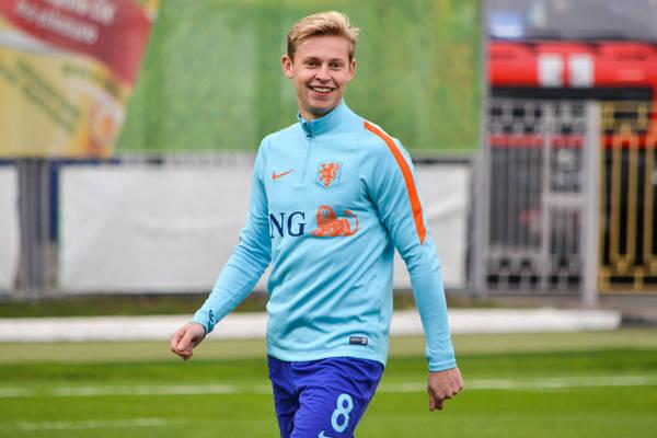 Frenkie De Jong porozumiał się z PSG?