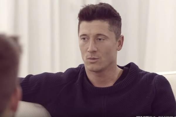 Obszerny wywiad Pique z Lewandowskim. Rozmawiali o Euro 2012, mundialu i reprezentacji Polski [VIDEO]