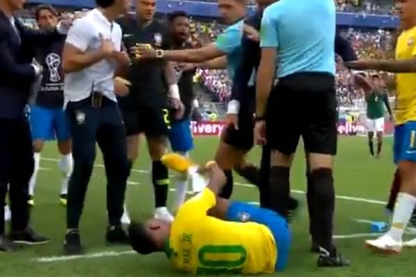 Reakcja Neymara została wyśmiana na meczu pokazowym podczas Wimbledonu [VIDEO]