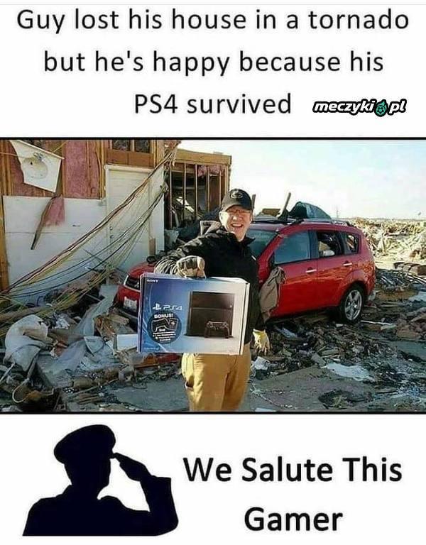 PS4 jednak ocalało!