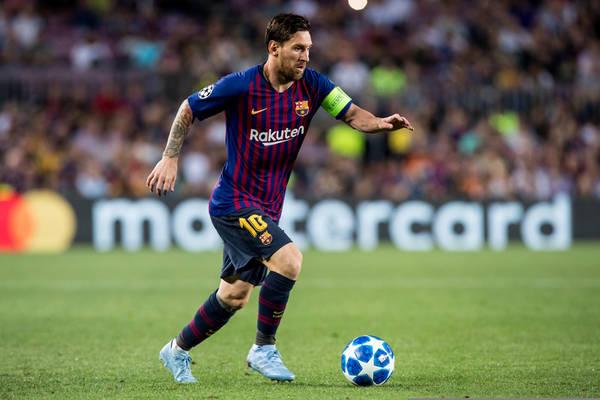ce149f201 Tak Lionel Messi zareagował na blamaż FC Barcelony na Anfield [WIDEO]