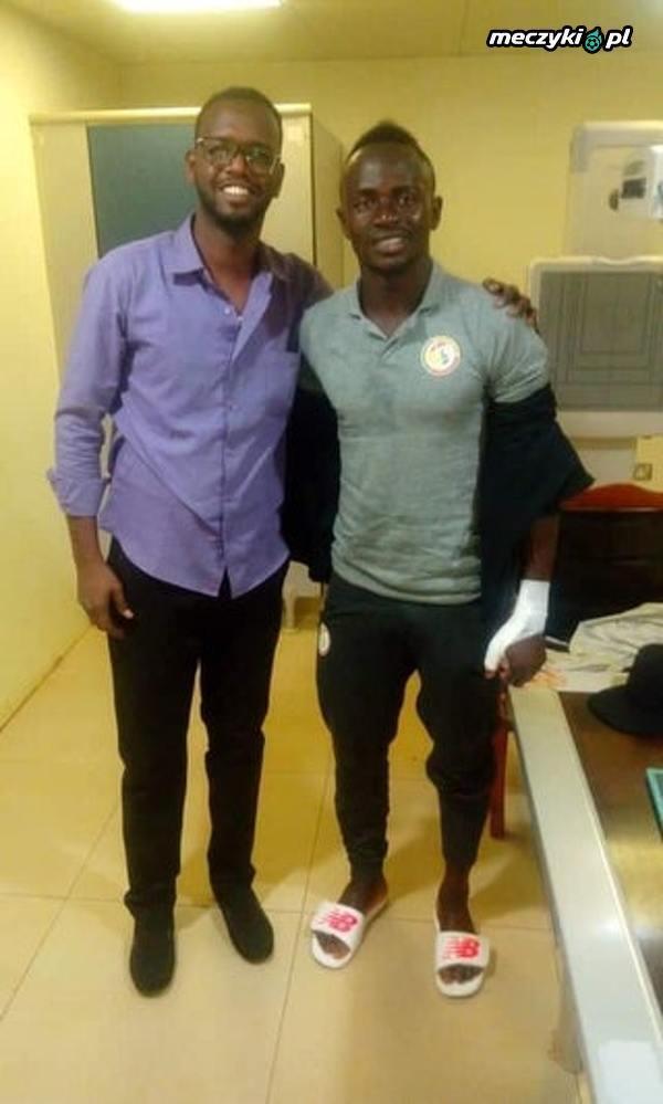 Saido Mane złamał kciuk w lewej ręce na treningu Senegalu