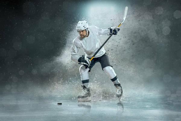 Zakłady bukmacherskie w hokeju na lodzie. Specyfika sportu, wady i zalety obstawiania