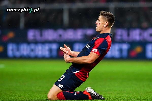 Krzysztof Piątek strzelił w tym sezonie dla Genui już 16 bramek na 16 rozegranych meczów