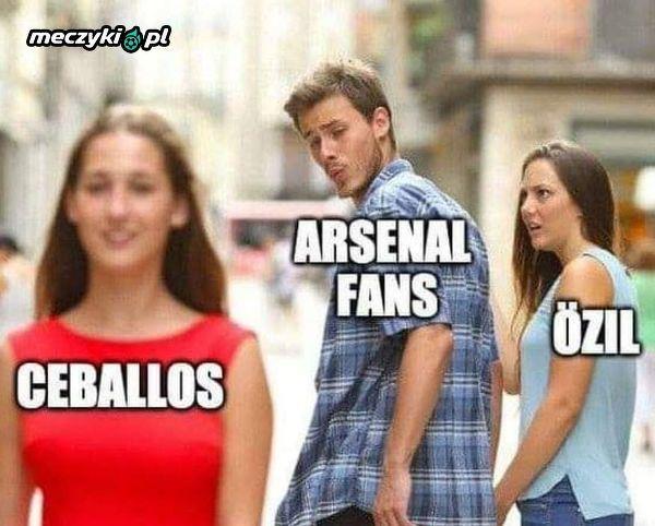 Kibice Arsenalu po świetnym meczu Ceballosa