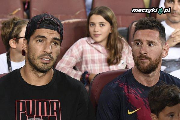 Suarez i Messi widząc grę Barcelony