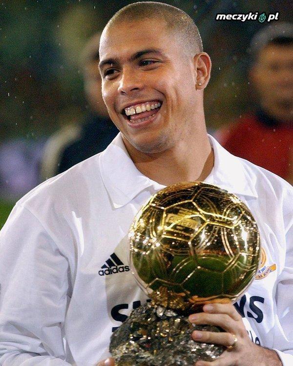 Dokładnie 17 lat temu Ronaldo wygrał Złotą Piłkę