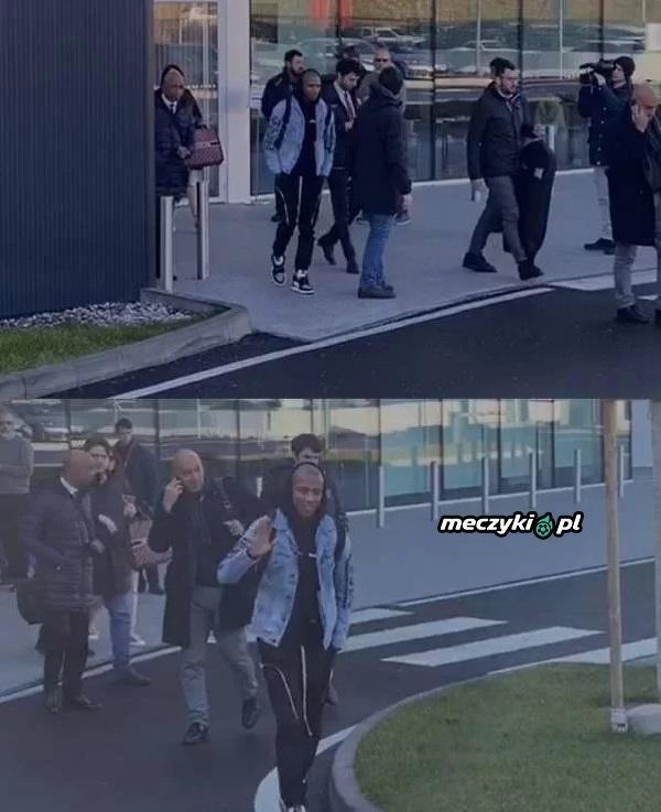Ashley Young jest już w Mediolanie, gdzie przejdzie testy medyczne przed transferem do Interu