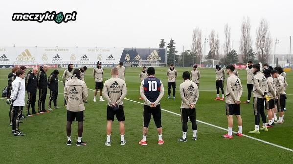 Minuta ciszy dla Kobego Bryanta i innych ofiar katastrofy na treningu Realu Madryt