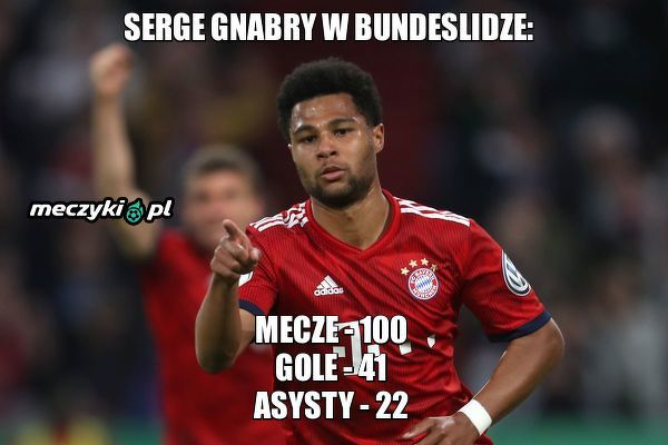 Serge Gnabry zdobywa bramkę w swoim 100 występie w Bundeslidze
