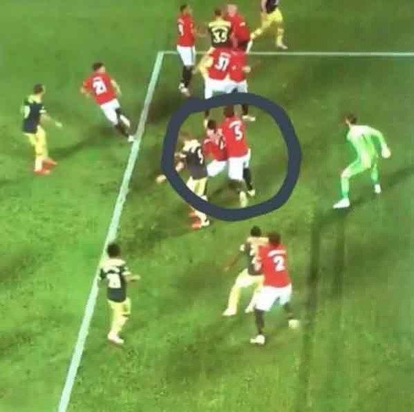 Maguire postanowił pokryć kolegę z drużyny