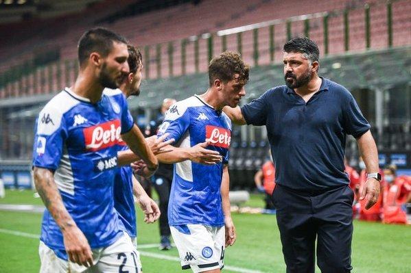 Napoli po raz pierwszy od sezonu 2008-09 zakończyo sezon poza pierwszą szóstką Serie A