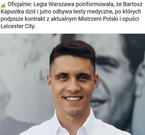 Bartosz Kapustka podpisxe kontrakt z Legią