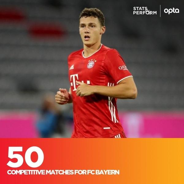 Benjamin Pavard rozegrał wczoraj 50. mecz w barwach Bayernu