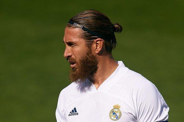 Sergio Ramos nie znalazł się w kadrze Realu Madryt na jutrzejszy mecz z Szachtarem. Hiszpan kontuzjowany!