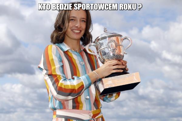 Iga Świątek odznaczona przez prezydenta Andrzeja Dudę Złotym Krzyżem Zasługi za osiągnięcia sportowe i promocję kraju!