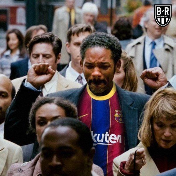 Kibice Barcelony po ogłoszeniu decyzji Bartomeu