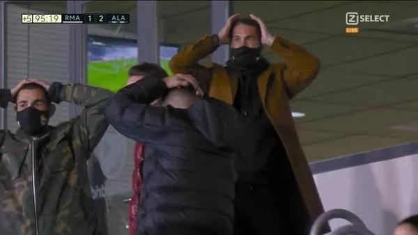 Reakcja Ramosa i Benzemy na zmarnowaną okazję Isco