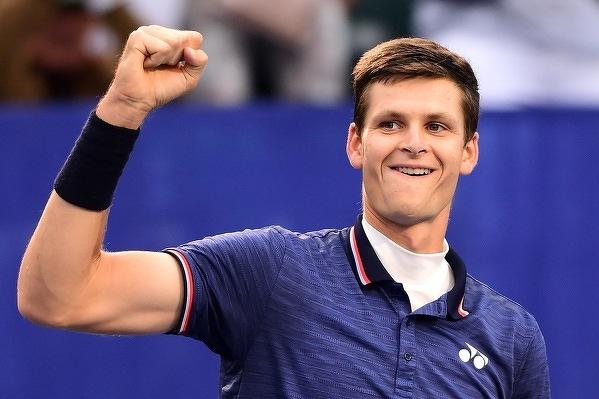 Hubert Hurkacz wygrywa turniej ATP