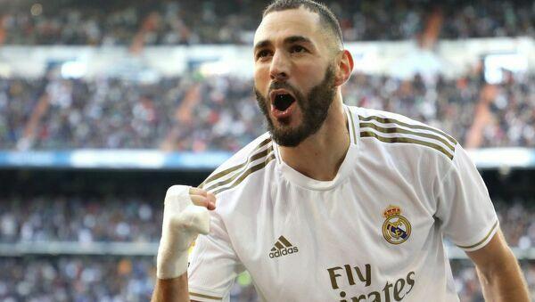 Karim Benzema ma więcej asyst (5) i goli (11) niż jakikolwiek gracz Realu Madryt w tym sezonie.