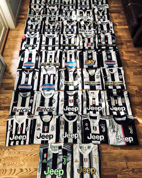 Kolekcja koszulek jednego z kibiców Juventusu