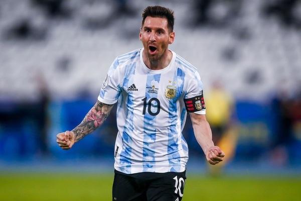 Messi rozegrał dziś 147. mecz w reprezentacji - wyrównał tym samym rekord Mascherano