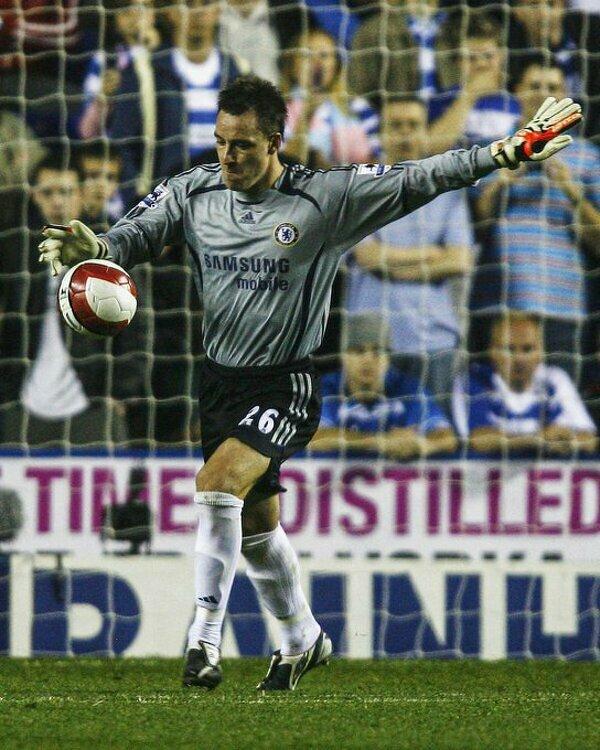Tego dnia 15 lat temu John Terry zadiubtował w bramce Chelsea