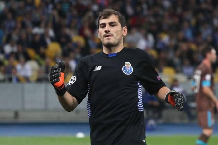 """Porto chce zatrzymać Casillasa. """"To jest świetny bramkarz i wspaniała osoba"""""""