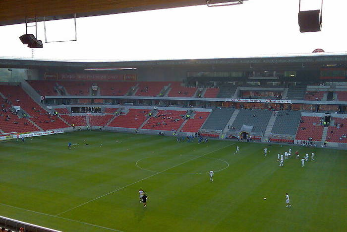 Dramatyczny mecz w Pradze! Siedem bramek! Slavia pokonała Sevillę po dogrywce! [WIDEO]