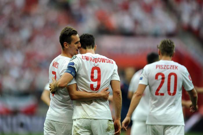 Pewne zwycięstwo Polski z Rumunią po trzech golach Lewandowskiego