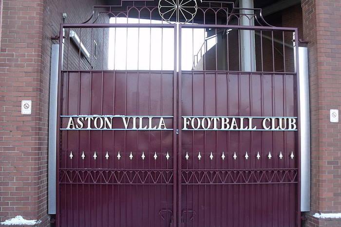 """""""Aston Villa wydała niewiarygodnie dużo pieniędzy"""""""