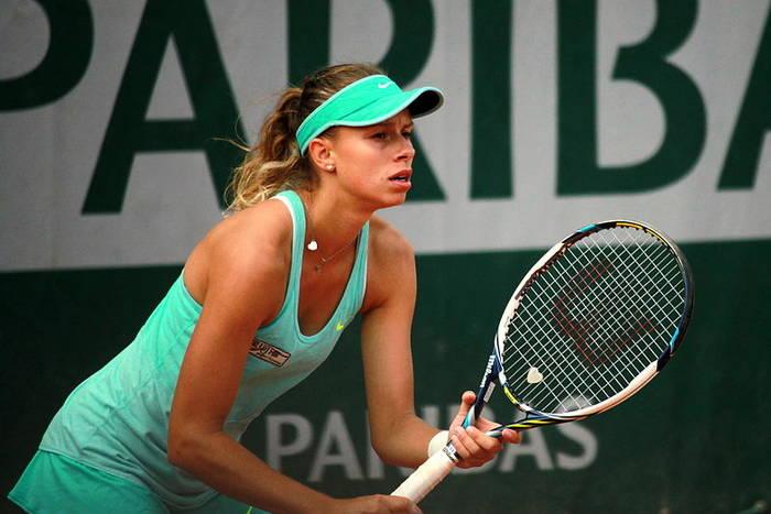 Linette wygrała z kontuzją i rywalką. Polka w III rundzie Australian Open!