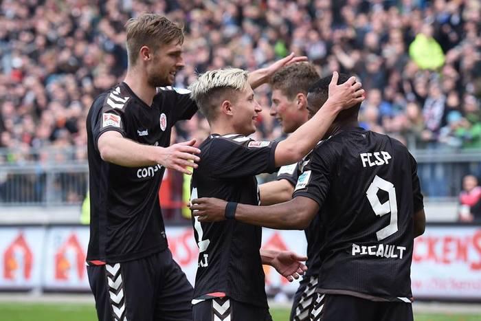 Niemcy: 71 minut Soboty, wygrana St. Pauli