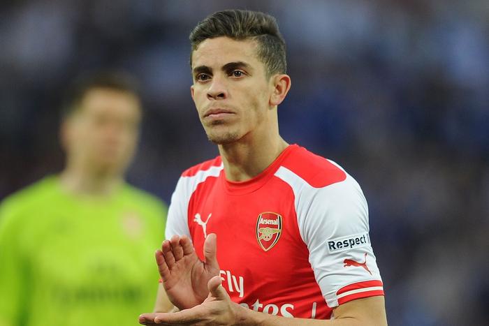 Dłuższa przerwa obrońcy Arsenalu. Wenger sprowadzi zastępstwo z Hiszpanii?