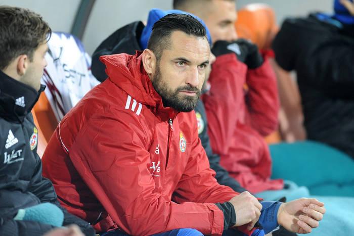 """Koledzy z Leicester City wspominają Marcina Wasilewskiego. """"Nagle rozbił kieliszek i zaczął żuć szkło"""""""