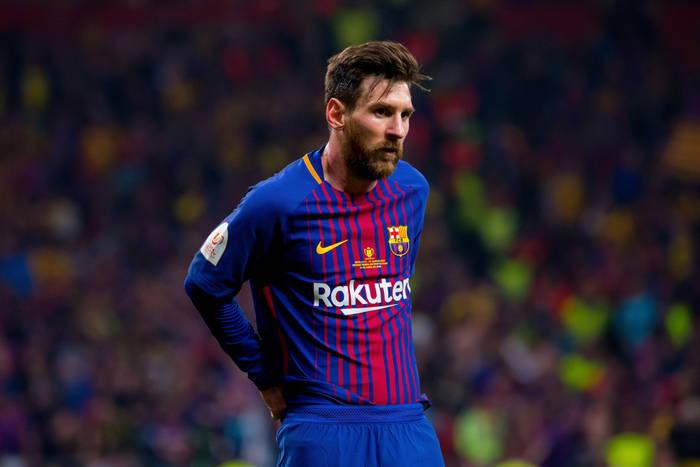 5470f9538 Pele uderza w Messiego, broniąc swojego statusu najlepszego piłkarza w  historii. Czy słusznie?