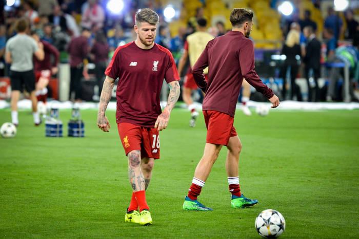 Barcelona chce sprowadzić lewego obrońcę Liverpoolu