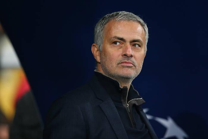 """Wczoraj """"Special One"""", dziś """"Special Out"""". Jose Mourinho na wygnaniu"""