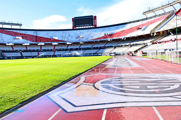 Al Ain rywalem River Plate w półfinale KMŚ