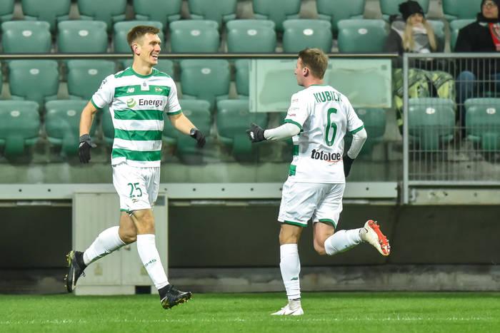 Wyjazdowe zwycięstwo Lechii Gdańsk, decydujący gol Daniela Łukasika