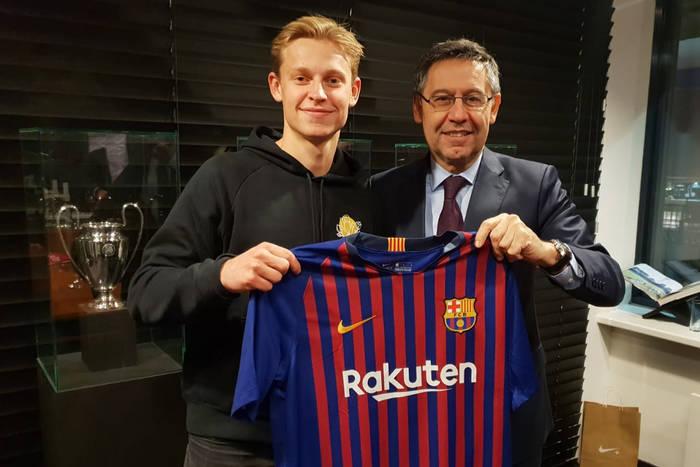 FC Barcelona kupiła wielki talent z Ajaksu. Na Camp Nou trafi dopiero przed kolejnym sezonem