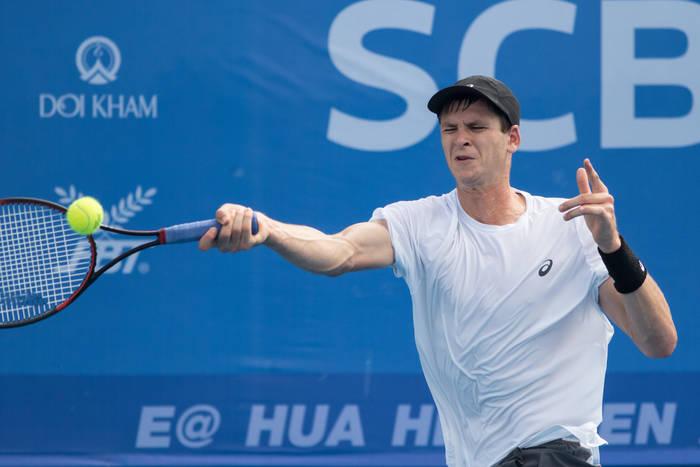 Hubert Hurkacz walczył dzielnie, ale to Roger Federer zagra w półfinale Indian Wells