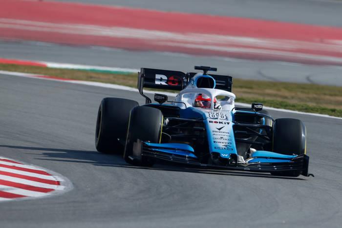 Robert Kubica wraca do ścigania w Formule 1! Polak zdublowany przez kolegę z Williamsa [RELACJA]