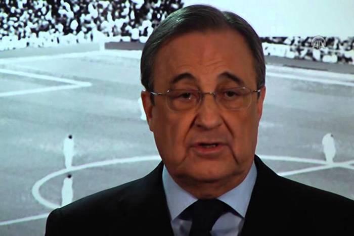 Kontrowersje na stadionie Realu Madryt. Służby wyrzuciły kibiców z transparentami przeciwko Perezowi [WIDEO]