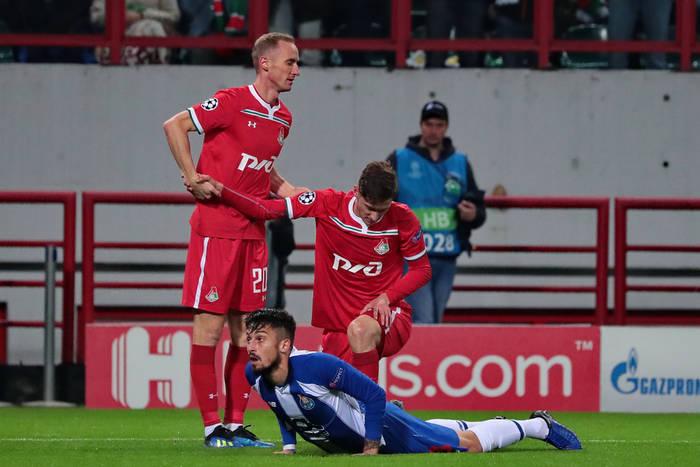 Alex Telles może odejść z FC Porto. Piłkarz jest na celowniku PSG i Chelsea