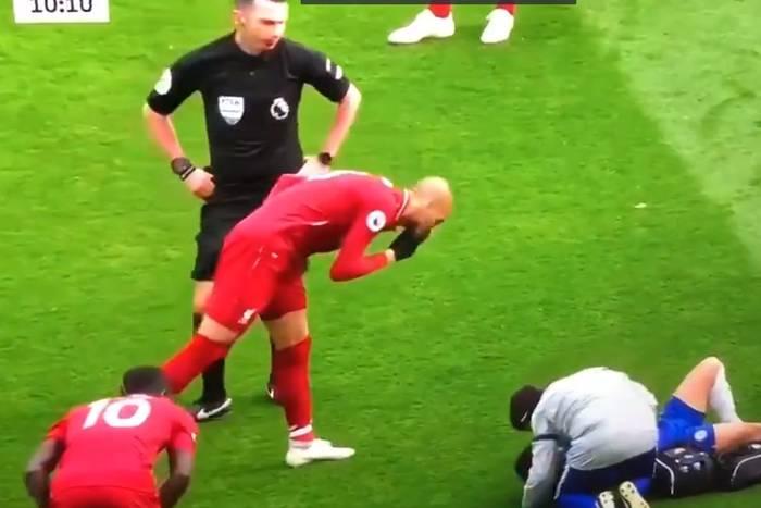 """Haniebne zachowanie Fabinho. Pomocnik Liverpoolu """"smarknął"""" na leżącego Edena Hazarda [WIDEO]"""