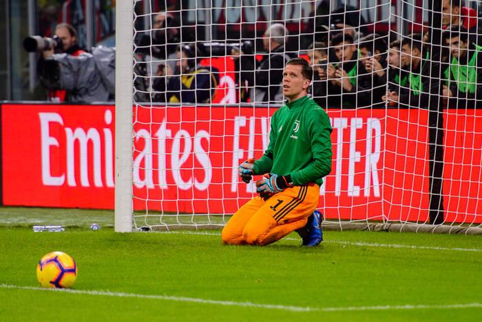 Juventus stracił punkty we Florencji. Debiut Żurkowskiego, Szczęsny o krok od katastrofy [WIDEO]